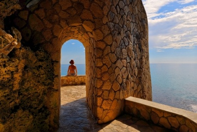 Jamaica : The Caves