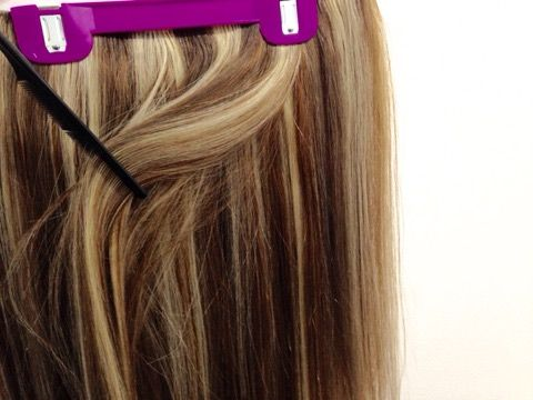 Flip-In Hair are experts in bespoke extensions. We specialise in creating the perfect personalised blend to match your hair exactly. From picking multiple colours, to choosing how much of each you need and where they will be positioned within the weft, bespoke puts you in charge