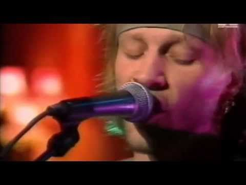 """SOMEDAY I'LL BE SATURDAY NIGHT"" Bon Jovi - Unplugged - MTV studios 1994..."