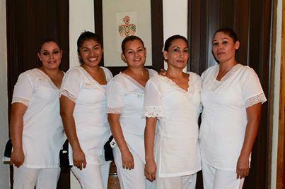 Представляем наших терапевтов из #VelasVallarta #Spa. Вы готовы к сеансу массажа на побережье океана?
