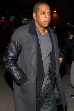 Volgens sommige samenzweringstheoretici is Jay-Z lid van een geheime vrijmetselaarsbeweging met tentakels tot de hoogste regionen van de zakenwereld en de politiek.© getty.
