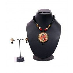 Jaipuri Pacchi Pendant Necklace (with Floral design) in Black Colour & Earings