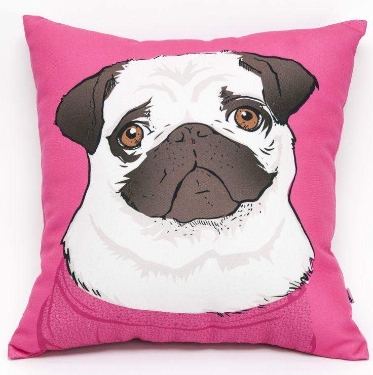 Mops różówy poduszka, przód; Projektant: Twórczywo; Wartość: 90 zł; Poczucie dobrego smaku: bezcenne. Powyższy materiał nie stanowi oferty handlowej