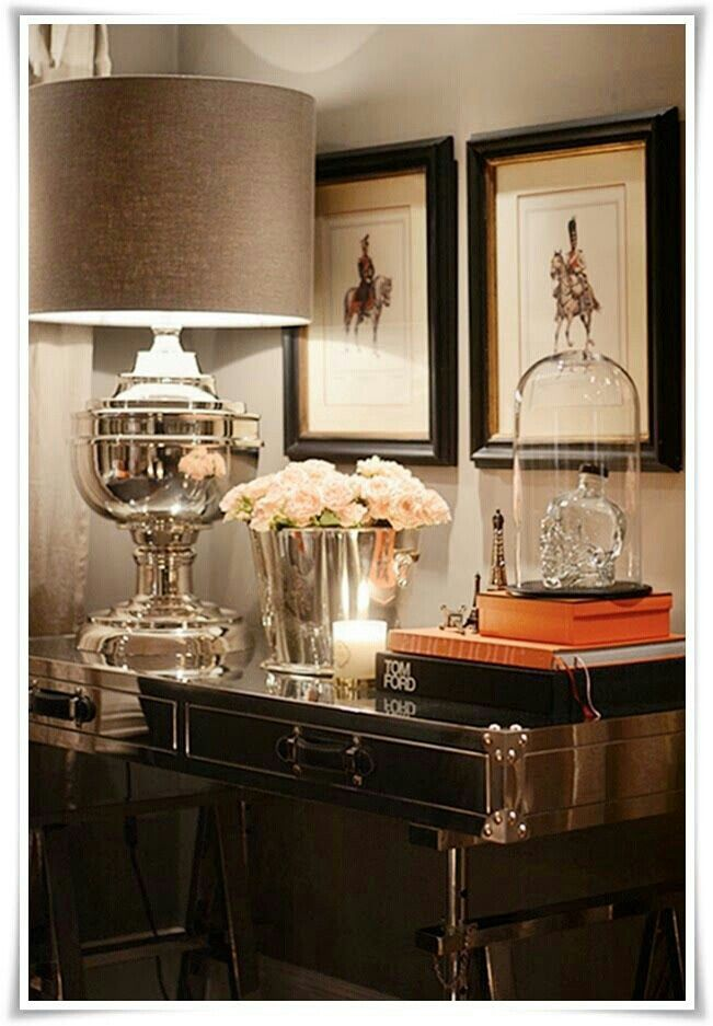 Decorate to reflect light around the room to make it sparkle.