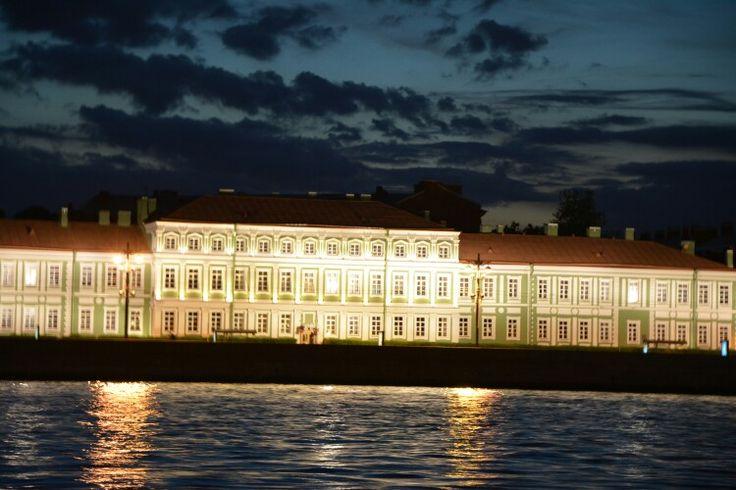 Night Winter palace
