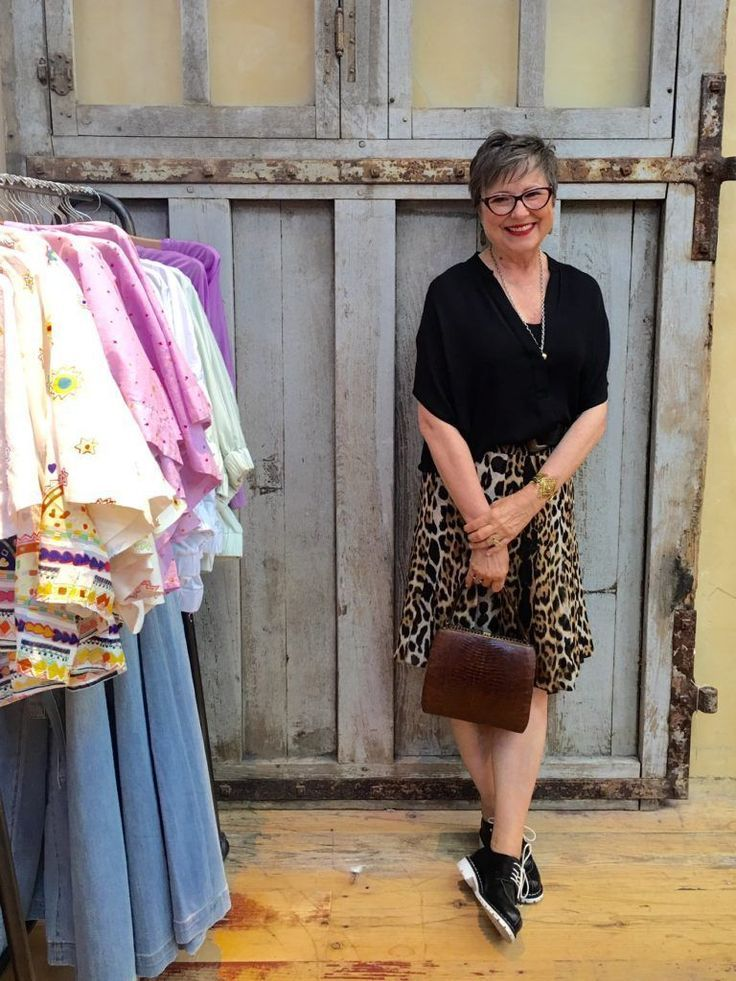 Women's clothing for 50 years of age: Womens clothing size