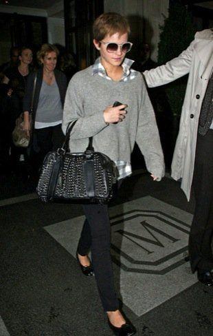 Emma Watson- Travel style: Watson Style, Fashion Styles, Emma Watson, Emmawatson, Street Style, Google Search, Outfit, Style Icons, David Letterman