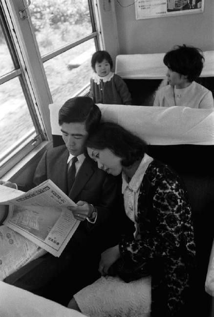 Bruno Barbey Bullet train, Japan - 1968