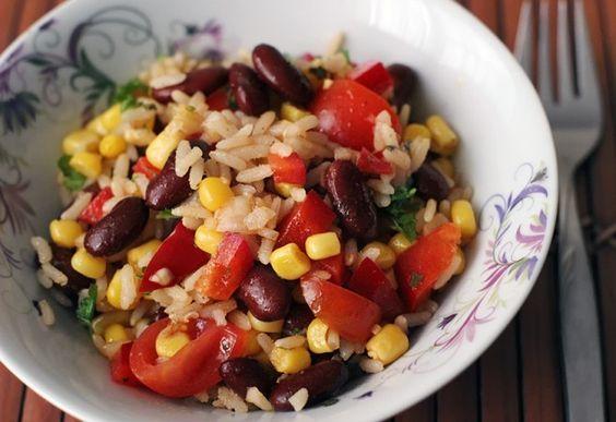 Cowboy saláta recept képpel. Hozzávalók és az elkészítés részletes leírása. A cowboy saláta elkészítési ideje: 30 perc