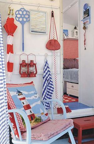 love this bright and cherry and nautical, would be great for entrance to beach house.