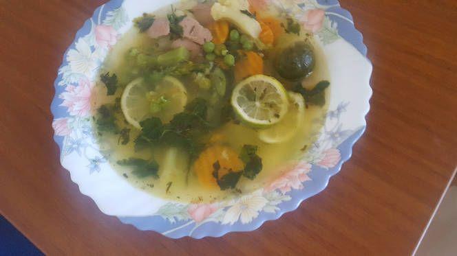 Szivárvány zöldségkeverék leves