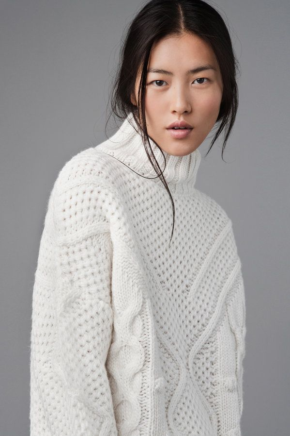 Chic white cable knit jumper, contemporary knitwear details // Zara