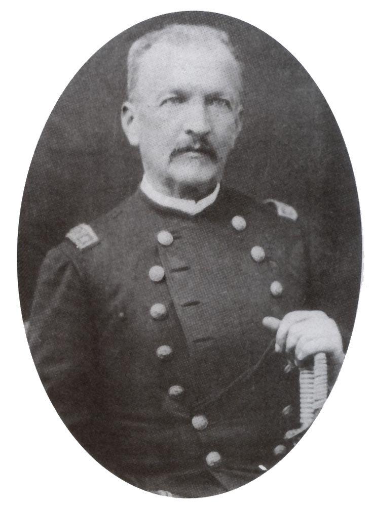 MANUEL JESUS BAQUEDANO GONZÁLEZ, fue un militar chileno que ejerció los cargos de comandante en jefe del Ejército en campaña entre 1880 y 1881 y a la renuncia de Balmaceda, el de Presidente Provisional de la República desde el 29 al 31 de agosto de 1891, durante la Guerra civil de ese año. Participó en las guerras contra la Confederación Perú-Boliviana y del Pacífico, en las revoluciones de 1851 y de 1859, y en la Ocupación de la Araucanía. Además, desempeñó el cargo de senador por Santiago…