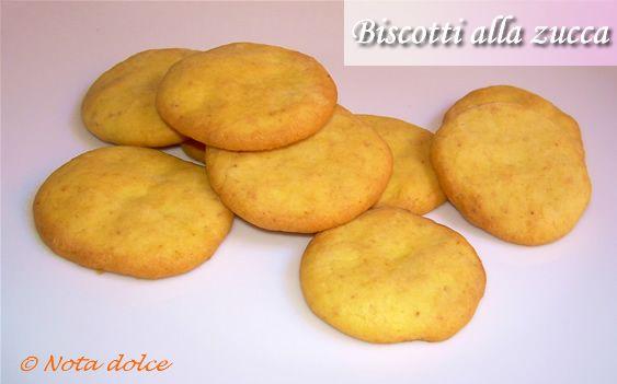 Biscotti alla zucca, ricetta dolce per Halloween