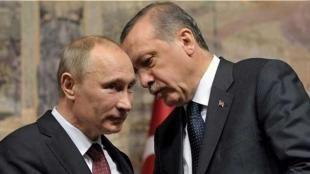 Putin'den çarpıcı Fırat Kalkanı yorumu: Rusya lideri Vladimir Putin Bloomberg ajansıyla yaptığı açıklamada Suriye'deki mevcut duruma ilişkin açıklamalar yaptı. Putin Yavaş yavaş doğru yöne doğru bir hareketlenme yaşıyoruz. Yakın bir gelecekte bir uzlaşmaya varacağımızı ve bunu uluslararası topluma sunabileceğimizi ihtimal dışı görmüyo...