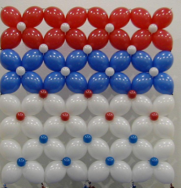 Wall balloon decor