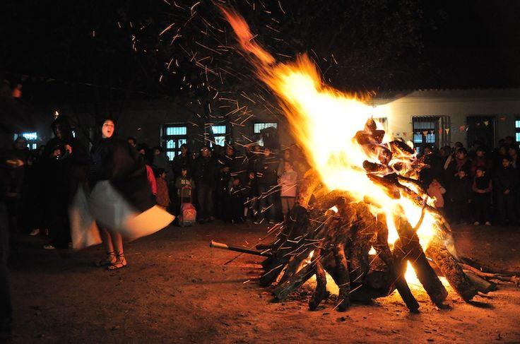 AREQUIPA. Inusual: Realizan pago a la tierra por fiestas de Arequipa a medianoche http://hbanoticias.com/11226
