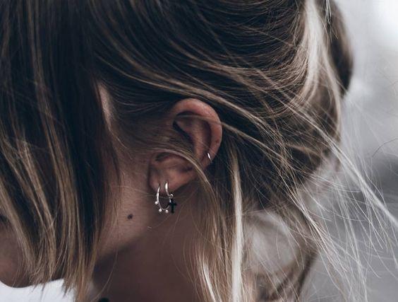 best 25 ear piercings conch ideas on pinterest ear peircings forward helix jewelry and peircings. Black Bedroom Furniture Sets. Home Design Ideas