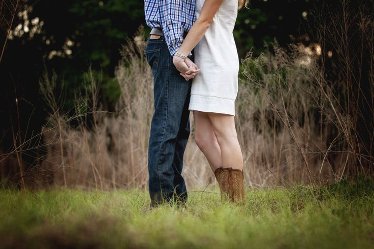 2013 Cordy Photography. Lifestyle Photography, outdoors, couple photo, engagement photoshoot, country style, rustic, classic.
