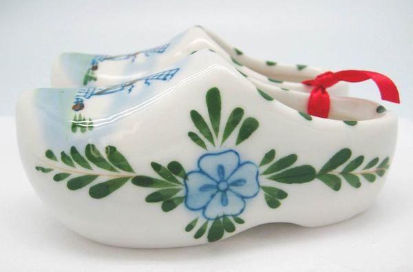 Dutch Wooden Shoe Pair/Color Ceramic - DutchNovelties - 1