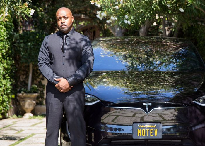 Morgan Freeman's Former Driver Launches PREMIUM All-Tesla Black Car Service In LA.