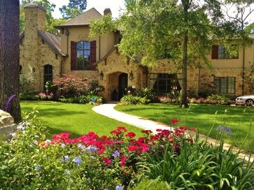 Home And Garden Design Magazine   Top 100 Designers Portfoio Texas    Traditional   Landscape