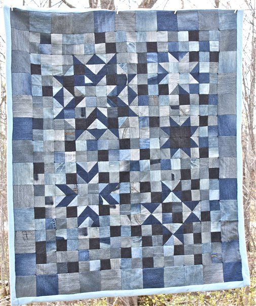 I love making quilts.   Love.    Love.   Love.       Love.    Love.   So how did I forget to show you my finished knit-and-woven experiment ...