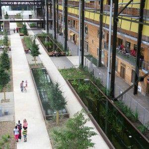 © In Situ Architectes Paysagistes Jardin ROSA LUXEMBURG - Halle Pajol, Paris 20e