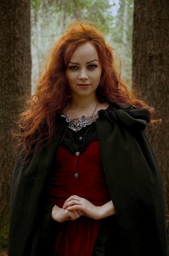 beautiful redheaded witch redheads pinterest