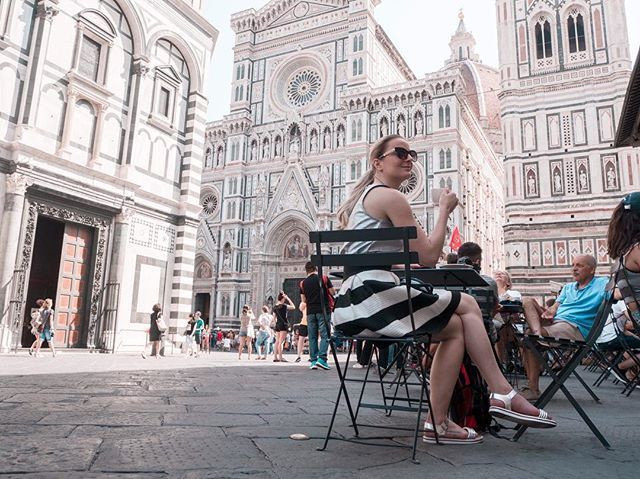 Coffee time in Florence  last summer was pretty amazing and I cant wait where we will go this summer. #coffee #florence #italy #summer #summervibes #travel #traveling #blogger #travelblogger #czech #czechgirl #girl #duomo #beauty #beautiful #likeforlike #like4like #l4l #ootd