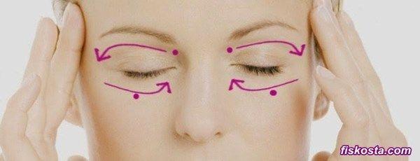 Göz altı kırışıklıkları, çok erken yaşlardan itibaren başlayarak hepimizin sorunu haline gelmiştir. Kazayağı denilen bu çizgilerin oluşmasını engellemek ya da kurtulabilmek mümkün müdür? Göz altı kırışıklıkları için yaş maya maskesi, sizlere harika bir çözüm sunuyor. Üç farklı maske ...