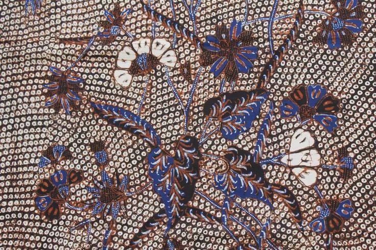 Hand drawn Batik Solo or Banyumas (?) with Gringsing motives (fish scales). Private collection of Arief Laksono.