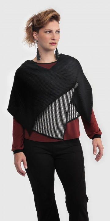 Frëtt Design - Veste Wrap Teligg (plusieurs couleurs offertes) disponible en taille 1+ - prix régulier 109,00$