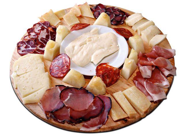 Enchidos e queijos! hummmm...