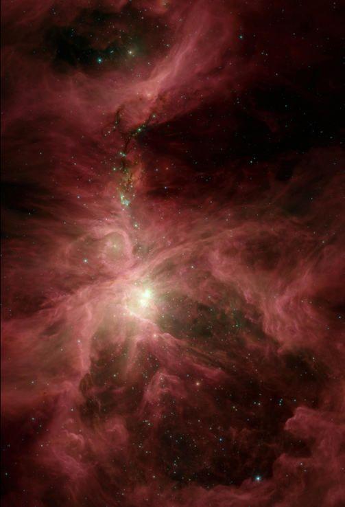 Tässä infrapunakuvassa näkyy Orionin suuri sumu, joka on tähtitaivaan kirkkain kaasusumu. Se on kuin taivaan suuri tähtitehdas 1450 valovuoden päässä Maasta. Sumu on havaittavissa myös paljain silmin.