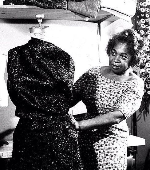 Zelda Wynn Valdes was the first black female fashion designer to own her own boutique. Her famous, figure hugging silhouette was worn by stars such as Dorothy Dandridge, Josephine Baker, Ella Fitzgerald, Joyce Bryant, Maria Cole, Edna Robinson and later superstars like Gladys Knight and opera diva Jessye Norman. She also designed dresses for legendary figures like Marlene Dietrich and Mae West.