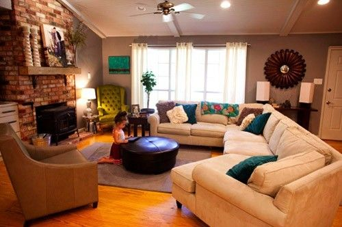 Cozy living room.  #living #room: Wall Colors, Houses, Livingroom, Family Rooms, Comfy Couch, Basements Families Rooms, Cozy Living Rooms, Green Chairs, First Lady