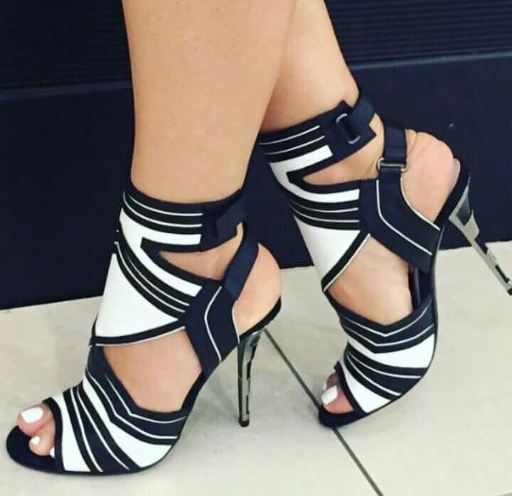Sexy Black & White Sandal
