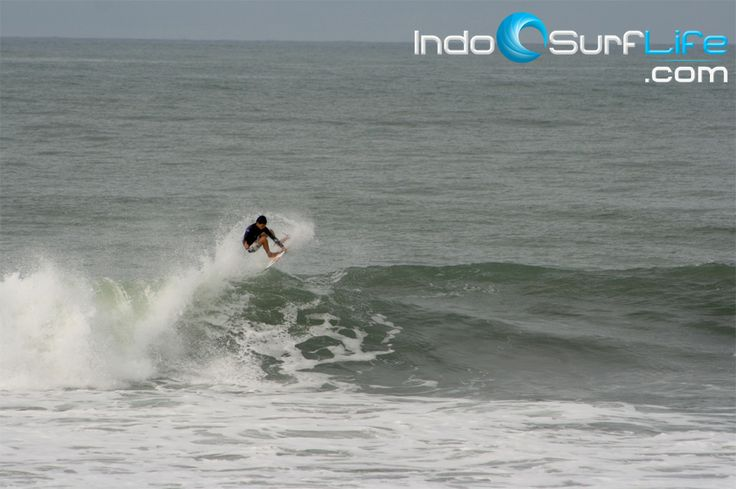 (25/01) Bali surf report has been updated. Check the reports + photos at http://indosurflife.com/