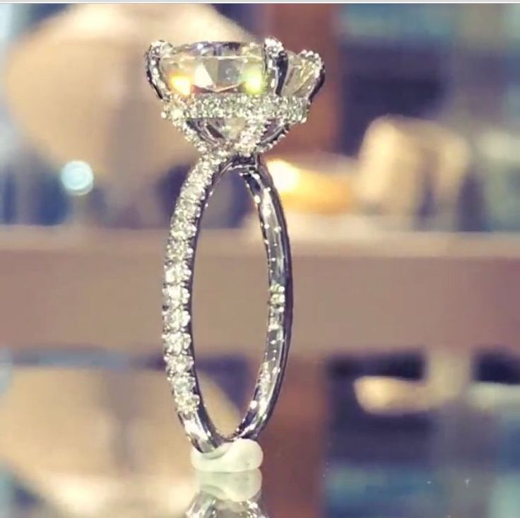 This is my dream ring-kb❤️.  The setting is so amazing! Lauren B Jewelry