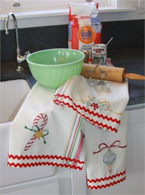 holiday kitchen towelsMerry Dishes, Embroidery Patterns, Teas Towels, Christmas, Rick Rack, Dish Towels, Dishes Towels, Hills Studios, Crabapple Hills