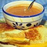 How to Cook Tomato Soup with Grilled Cheese Croutons - Recipe Mash