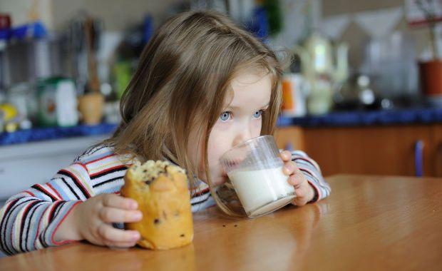 Máte problémy po konzumácii mliečnych produktov?