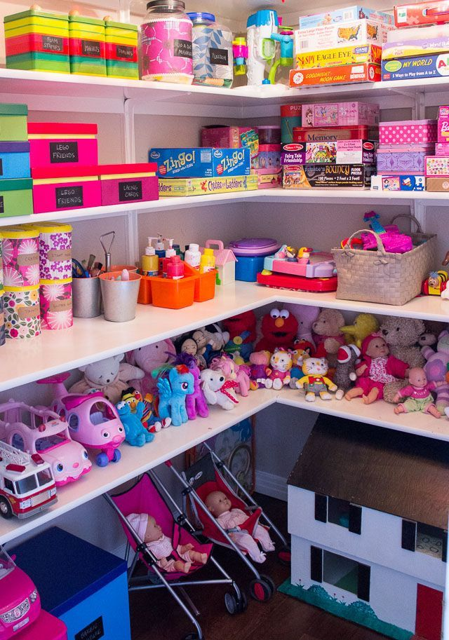 Best 25 large toy storage ideas on pinterest recycling for Kids room closet ideas