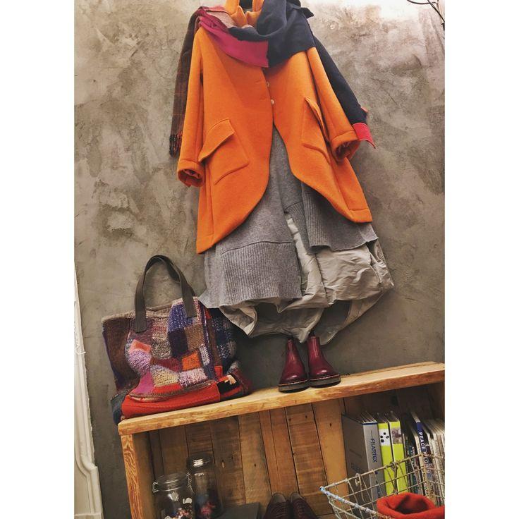 www.officinaelab.com  ❕❕❕#officinae #madeinitaly #handmade #bergamo #lab #orangeisthenewblack