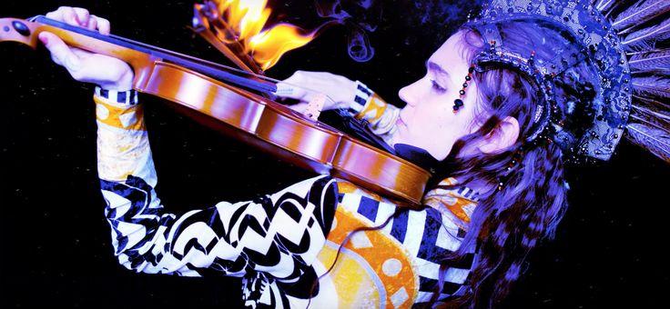 Grimes x Janelle Monae - Venus Fly music video