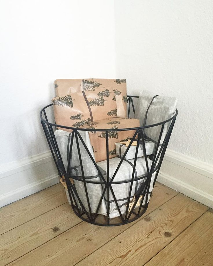 ferm living wire basket small. Black Bedroom Furniture Sets. Home Design Ideas