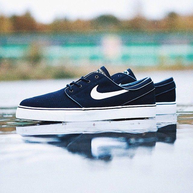 Wlasnie Przyjechaly Do Nas Meskie Rozmiary Nike Janoski W Kolorze Czarnym Nike Janoski Stefanjanoski Sneakers Kicks Ki Nike Nike Free Nike Cortez