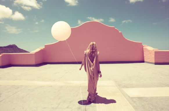The colors of this photo are incredable. I love the soft orange glow.: Inspiration, Color, Photographer, Pink, Camilla Åkrans, Fashion Photography, Balloon, Camilla Akrans