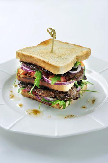 """Club sandwich """"Fettini di Coppa"""""""